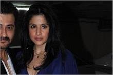 शादी की सालगिरह पर संजय ने शेयर की फोटो, बॉलीवुड सितारों ने...