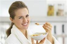 सर्दियों में शरीर को गर्म रखना है तो खाएं ये 5 फूड्स!