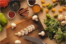सब्जी हो या सूप, रंगत और स्वाद बढ़ाने में काम आएंगे ये किचन...