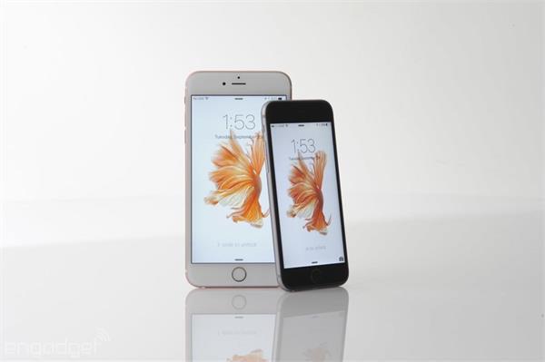 1 करोड़ 10 लाख यूज़र्स ने बदलवाईं iPhones की बैटरियां