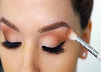 Eyes Makeup करते समय इन 5 बातों का रखें खास-ख्याल