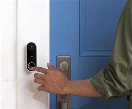 पति-पत्नी के बीच लड़ाई की वजह बनता है Door Bell का वास्तुदोष