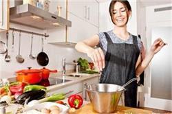 किचन के छोटे-छोटे टिप्स आपका काम कर देंगे आसान