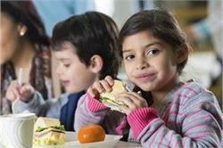 Child Diet: टेस्टी के साथ हैल्दी भी हैं ये 4 स्नैक्स