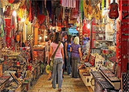 शॉपिंग करने जरुर जाएं साउथ दिल्ली, 100 से कम में मिल रही हैं ये चीजें