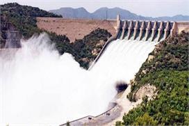 पानी रोकने से बौखलाया पाक, बोला भारत चाहे तो रोक ले नदियों...