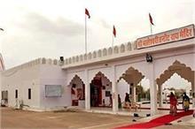 तनोट माता मंदिर जहां पाकिस्तान के गिराए हजारों बम हुए थे...