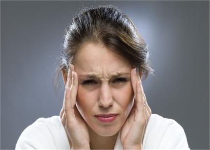 सिरदर्द में ना खाएं Pain killer, फॉलो करें ये 6 टिप्स
