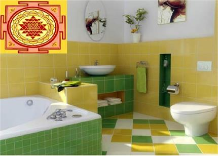 बाथरूम बनवाते वक्त जरूर फॉलो करें ये 8 टिप्स, नहीं होगी पैसों की कमी