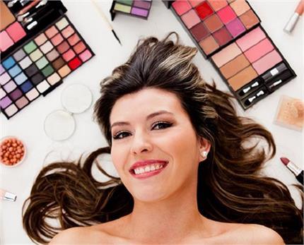 Makeup Tips: फेस शेप के हिसाब से करेंगी मेकअप तो दिखेंगी और भी खूबसूरत