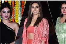 Ekta Kapoor Bash: स्वरा के झुमके तो मोनी की ड्रैस पर टिकी...