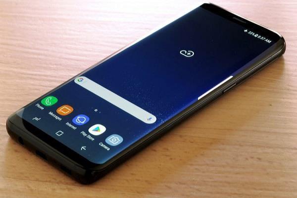 Samsung के इस स्मार्टफोन को मिलनी शुरू हुई Android Pie अपडेट