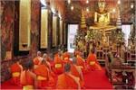 भारत के ऐसे बड़े और अनोख मठ जहां शांति के लिए आते हैं टूरिस्ट