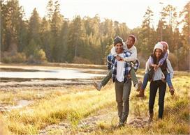 Smart Parenting Tips: यूं सिखाएं बच्चों को पैसों की कीमत