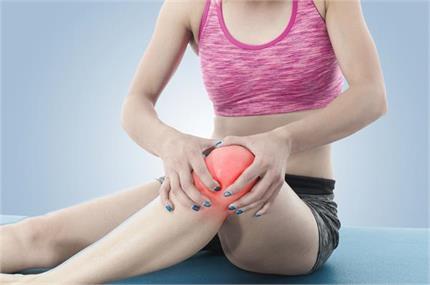 जवानी में ही घुटनों के दर्द का कारण बनती हैं ये 8 गलत आदतें