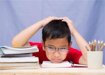 Exam Time: बच्चों का पढ़ाई में नहीं लग रहा मन तो फॉलो करें ये...