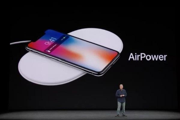 एप्पल हुई फेल!, अनाउंसमेंट के बाद बंद किया चार्जिंग मैट प्रोजैक्ट