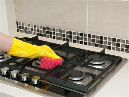 Kitchen Tips: काले पड़े गैस के बर्नर को चमका देगा सिर्फ 1 कमाल का...