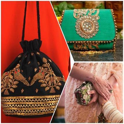 फैशन में आए छोटे साइज के Handbags