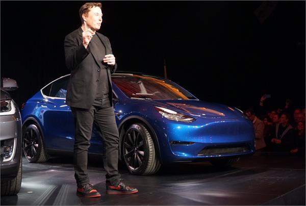 Tesla ने लॉन्च की Model Y क्रॉसओवर SUV, एक चार्ज में तय करेगी 482 km का सफर