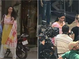 दिल्ली की गर्मी से दीपिका का बुरा हाल, डाइट में खा रहीं है...