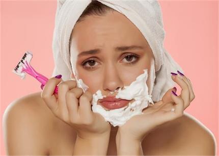औरतों के ठुड्डी पर क्यों आते हैं अनचाहे बाल? जान लीजिए इसका पक्का इलाज