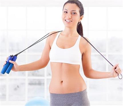 Weight Loss: जिम नहीं जाते तो घर पर मोटापा कम करें ये 5 Exercise