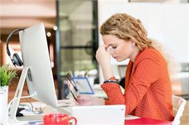 काम के प्रैशर में होता है सिरदर्द तो ऑफिस में ही फॉलो करें...
