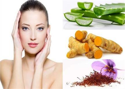 ग्लोइंग स्किन के लिए इस्तेमाल करे ये 7 Herbs और Plants