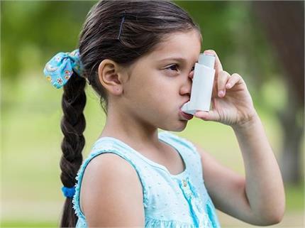अस्थमा बच्चे को चाहिए स्पैशल केयर, पैरेंट्स याद रखें 7 बातें