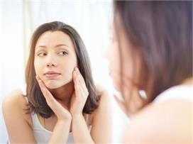 स्किन को डैमेज करती हैं डेली रूटीन के ये 12 Beauty Mistakes