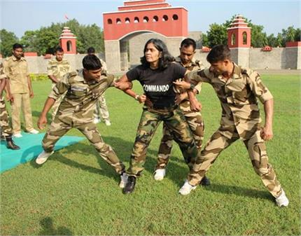 Super Woman: मिलिए देश की इकलौती महिला कमांडो ट्रेनर से, मार्शल...