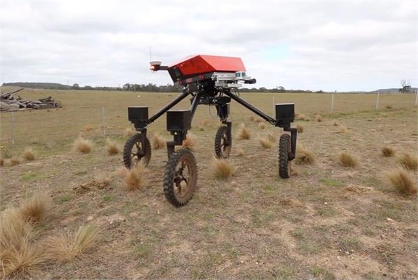 फसलों का ध्यान रखेगा SwagBot एग्रीकल्चर रोबोट