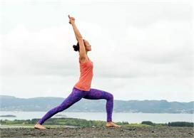 Health: बैली फैट को घटाएगा यह 1 योगासन, डिप्रेशन को भी...