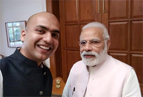 पीएम मोदी की जीत पर शाओमी इंडिया के हैड ने दी बधाई