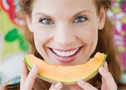 Health & Beauty: खरबूजा खाने से ही मिलेंगे ये 14 जबरदस्त फायदे