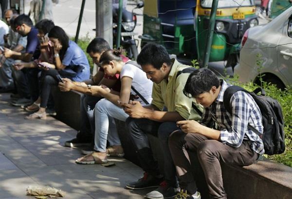 भारत में है इंटरनैट का इस्तेमाल करने वाली दूसरी सबसे बड़ी आबादी