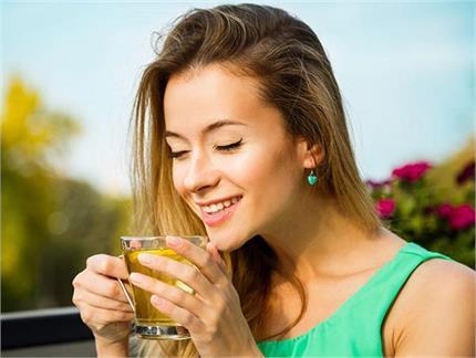 Women Care: महिलाओं की इन 10 प्रॉबल्म का हल है अजवाइन का पानी, यूं...