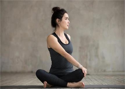 Yoga Day: महिलाओं के लिए 8 योगासन, Periods से लेकर PCOD प्रॉब्लम की...