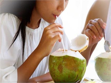 नारियल पानी पीने के है शौकीन तो एक बार पढ़ ले इसके फायदे व नुकसान