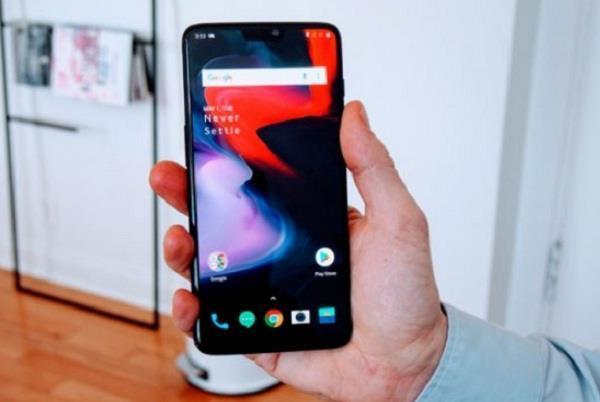 OnePlus 6 और 6T के लिए जारी हुआ सॉफ्टवेयर अपडेट, बढ़ेगी फोन की सिक्योरिटी