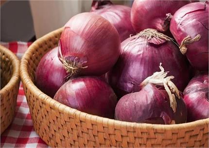 हर सब्जी की जरुरत 'प्याज' को खराब होने से बचाएंगे ये 4 किचन टिप्स