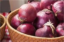 हर सब्जी की जरुरत 'प्याज' को खराब होने से बचाएंगे ये 4 किचन...