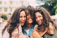 Friendship Day: कम पैसों में भी जीत लेगें आपके दोस्तों का...