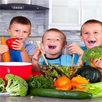 बच्चों की सही ग्रोथ के लिए खाने में शामिल करें ये जरुरी चीजें