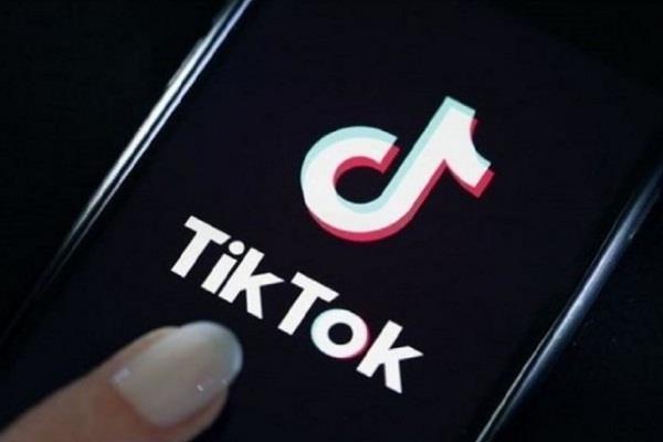 सरकार ने Tiktok और Helo को भेजा नोटिस, 21 सवालों का जवाब न देने पर लग सकता है बैन