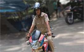 दिल्ली की दबंग सिंघम लेडी जया जो 1000 मनचलों का सीखा चुकी...