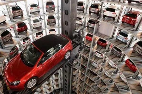 आसानी से हैक हो सकती हैं नई कारें, वाहनों पर हमला होने पर जा सकती है हजारों लोगों की जान