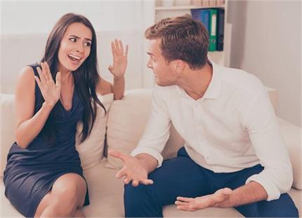 पति-पत्नी की लड़ाई की वजह बनता है मंगल दोष, जानिए दूर करने के 12 तरीके