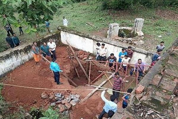 ओडिशा में लोगों ने BSNL का मोबाइल टॉवर खुद ही ठीक कर डाला